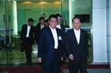 董事长和香港行政长官曾荫权