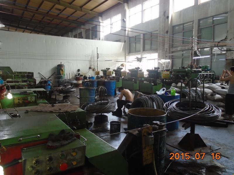 螺母生产车间