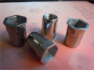 厂家直销不锈钢小头内外六角铆螺母系列