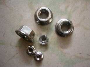 天津泛易供应ASTMA193/B7 B7M B8、英制美制尼龙锁紧螺帽.全金属自锁螺帽.法兰螺母,