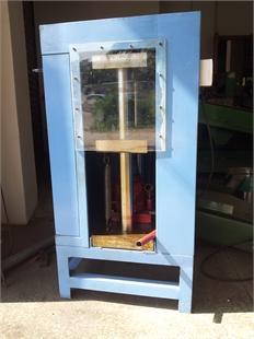 供应自产自销的信牌手动式油压机