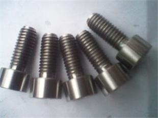 钛及钛合金内六角圆柱头螺钉