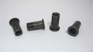 黑锌铆螺母