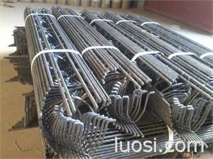 伟东建筑配件厂供应:铁马凳 顶托 扣件