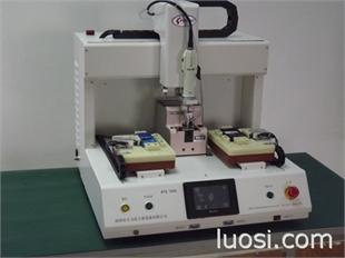 广州自动锁螺丝机器人,惠州全自动拧螺丝设备,电路板、电池、电器、仪表、通讯设备、灯具 自动锁螺丝机