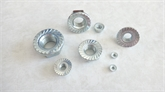 立禾/DIN6923/GB6177法兰螺母带齿 平板法兰螺母(M16)